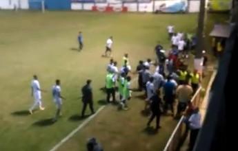 """Árbitro relata agressões em súmula e """"expulsa"""" cinco atletas do Goytacaz"""