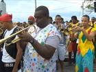 Carnaval é aberto em Salvador e Rei Momo recebe a chave da cidade