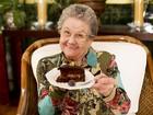 No Dia dos Avós, Palmirinha avisa: 'Ainda vou cozinhar muito para vocês'
