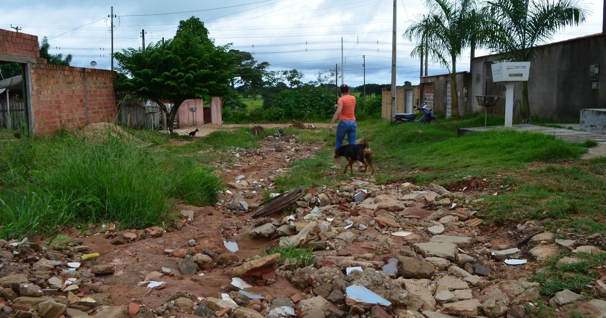 Moradores fazem 'vaquinha' para arrumar rua sem asfalto em Ji ... - Globo.com