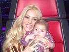 Shakira compartilha foto do filhinho no 'The Voice'