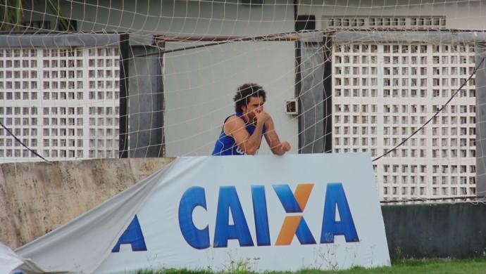 Neto Coruja - volante do ABC (Foto: Carlos Arthur da Cruz/GloboEsporte.com)