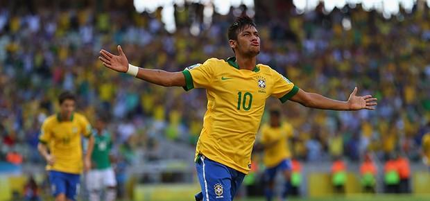Neymar comemora seu gol (Foto: Clive Rose/Getty Images)