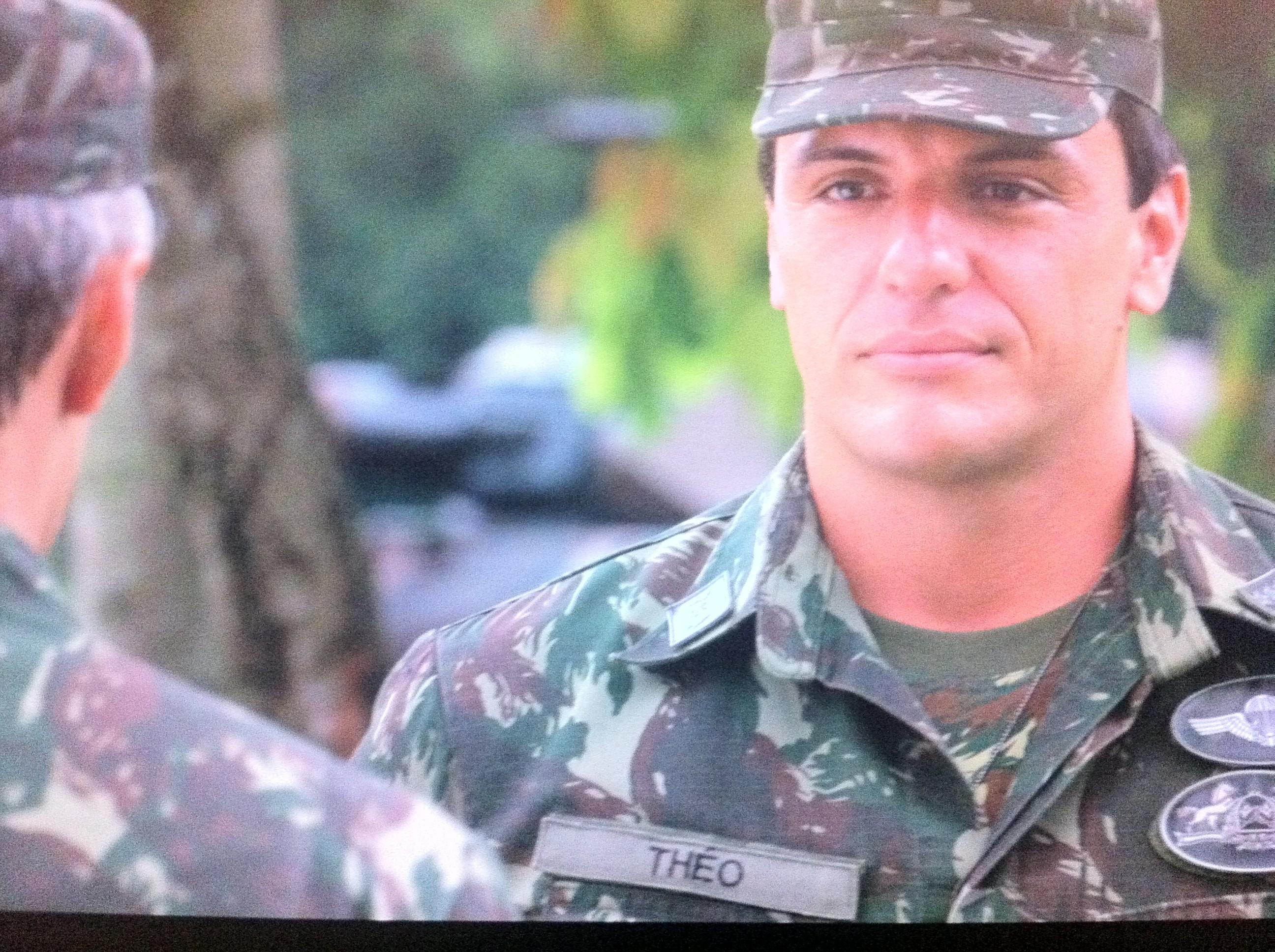Théo será investigado após suposto envolvimento ilícito (Foto: Salve Jorge/TV Globo)