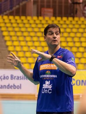 Alexandre Schneider, treinador da UnC/Concórdia  (Foto: Cinara Piccolo/Photo&Grafia/arquivo)