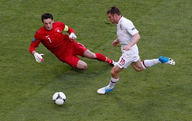 lloris frança milner inglaterra eurocopa (Foto: Agência Reuters)