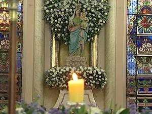 Missas serão realizadas durante todo o dia em Uberaba (Foto: Reprodução/TV Integração)