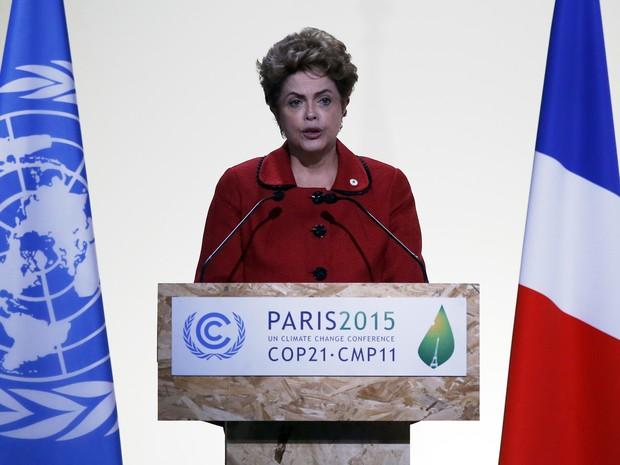 Dilma discursa na Conferência do Clima em Paris (Foto: AP Photo/Francois Mori)