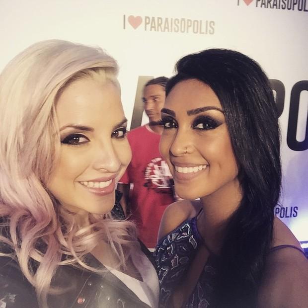 Ex-BBBs Clara e Amanda em festa em São Paulo (Foto: Instagram/ Reprodução)
