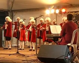 Grupo 'Pequenos Mozarts' se apresentaram pelo Festival Vale do Café (Foto: Reprodução RJTV 1ª Edição)