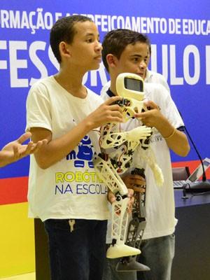robô humanoide (Foto: Divulgação/Luciano Ferreira)