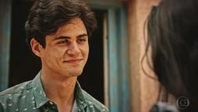 Lucas Veloso, filho de Shaolin, estreia na novela Velho Chico (Foto: Reprodução/Globo)
