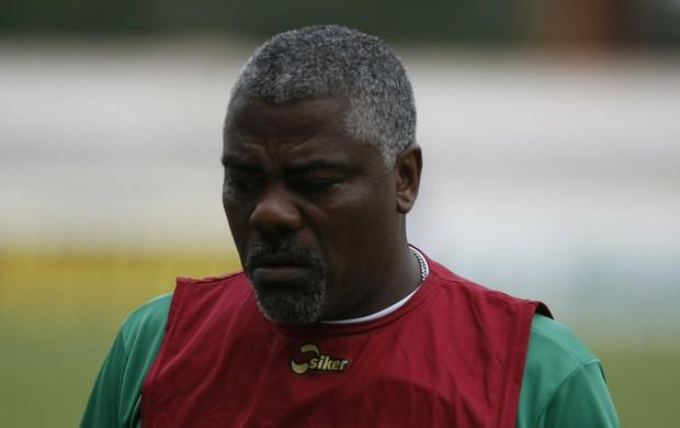 Cacaio, técnico do Paragominas (Foto: Marcelo Seabra/O Liberal)