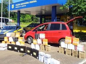 Havia 250 garrafas de bebida argentina no veículo (Foto: PRF/Divulgação)