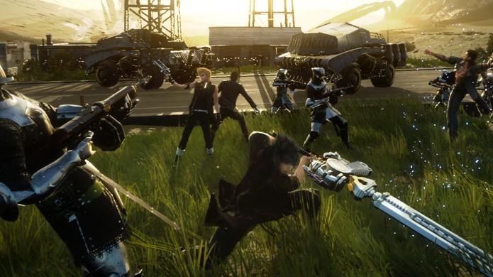 Noct desfere golpes de espada ao lado de seus companheiros em Final Fantasy 15 (Foto: destructoid.com)