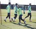 Iniesta sofre lesão na panturrilha, e Barça perde seu capitão contra o Eibar