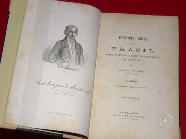 Visconde informações do descobrimento até a independência do Brasil (Foto: Reprodução/TV TEM)