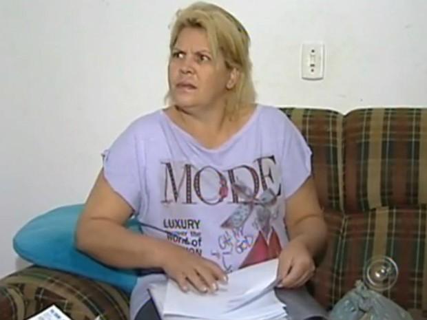 562a1f1b870b Funcionária pública espera desde 2011 por reconstituição mamária (Foto:  Reprodução/TV TEM)