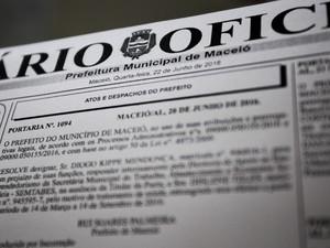 Convocação foi publicada no Diário Oficial do Município (Foto: Jonathan Lins/G1)