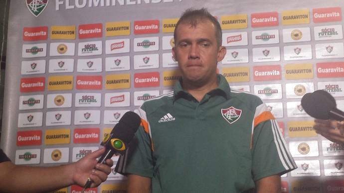 Eduardo Baptista entrevista após Fluminense x Tigres (Foto: Thiago de Lima)