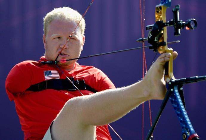 Matt Stutzman - tiro com arco paralimpíadas Londres 2012 (Foto: Getty Images)