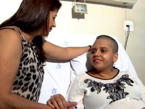 Jéssica antes da cirurgia; acidente resultou em buraco de 12 cm no crânio (Foto: Reprodução / EPTV)