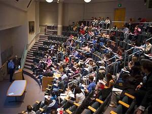 Sala de aula na Universidade Harvard, nos EUA (Foto: Divulgação/Harvard News Office)