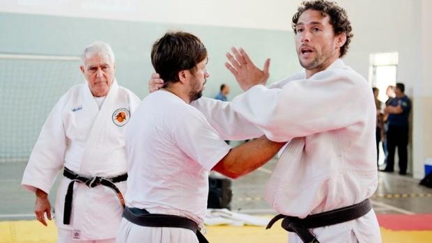 Flávio Canto dá aulas de judô em edição especial do Programão Carioca no Deagese (Foto: Divulgação/ Globo)