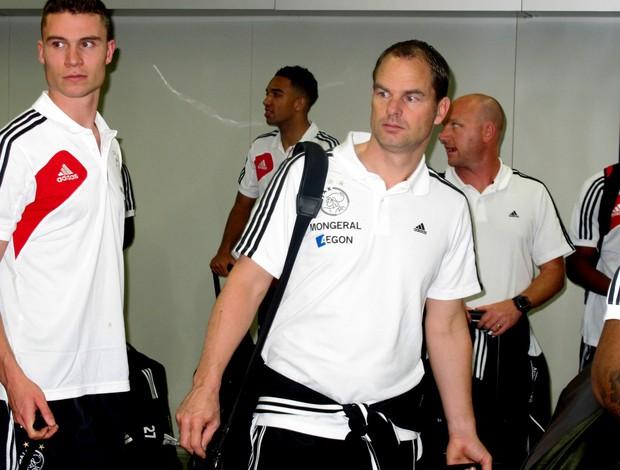 Franck de boer ajax desembarque (Foto: Thiago Lima / Globoesporte.com)