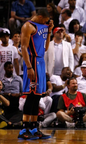 Russell Westbrook lamenta, Miami Heat x Oklahoma City Thunder (Foto: Getty Images)