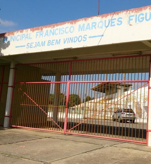 porta fechada (Bruno Rocha)