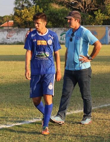 Tadeu e Paulo Moroni Parnahyba (Foto: Renan Morais)