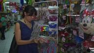 Fantasias de carnaval viram lucro para comerciantes do Centro do Recife