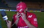 Autor do gol da vitória do Vila Nova, Mateus Anderson se emociona ao falar da família