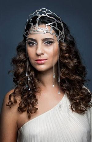 Aline Calixto diz que, no início da carreira, era comparada a Clara Nunes (Foto: Henrique Falci/Divulgação)