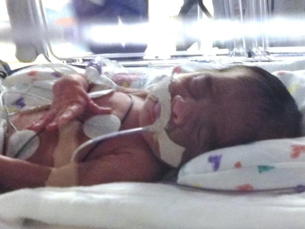 Ace é um dos quatro meninos que Tressa Montalvo pariu nos EUA (Foto: Hospital da Mulher do Texas/Reuters)
