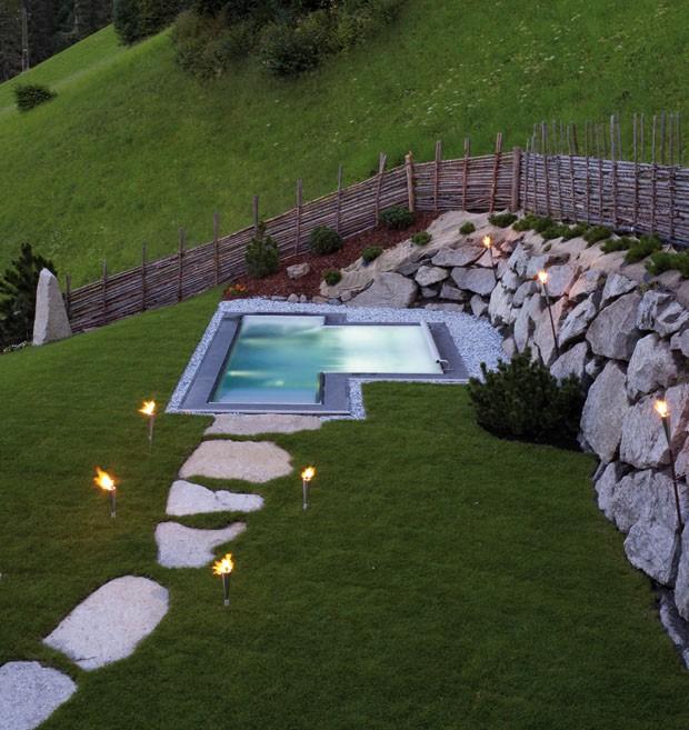 luxo e natureza nos alpes italianos. Black Bedroom Furniture Sets. Home Design Ideas