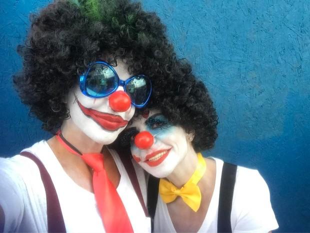 Ivete Sangalo e a irmã, Cynthia Sangalo (Foto: Reprodução/Instagram)
