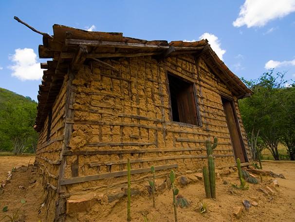 Casas feitas de barro servem de moradia para o barbeiro, transmissor da doença de Chagas (Foto: Thinkstock/ Getty Images)