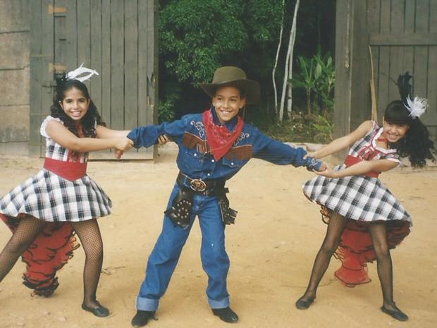 Nathalia Soutto e Andressa Nunes brincam com Victor Cheu  (Foto: Arquivo pessoal)