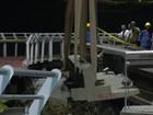 Operários começam a retirar laje de ciclovia que caiu na Zona Sul do Rio