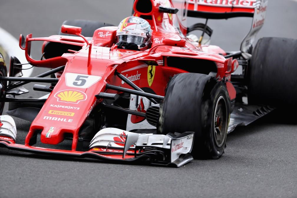 Vettel sofreu com o desgaste dos pneus no final da prova (Foto: Getty Images)