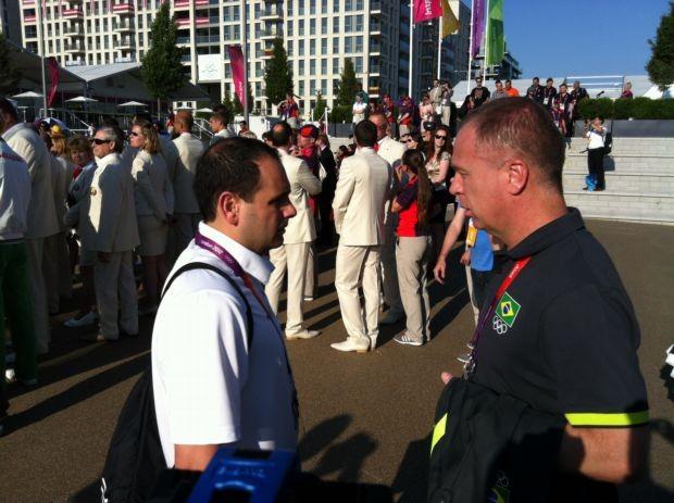 Mano Menezes na Vila Olímpica (Foto: Márcio Iannacca/GLOBOESPORTE.COM)