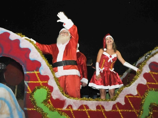 """Projeto """"Natal na Praça"""" acontece junto com a Feira do Porto, todos os finais de semana, na Praça Auízio Ferreira, até 28 de dezembro (Foto: Prefeitura de Porto Velho/Divulgação)"""