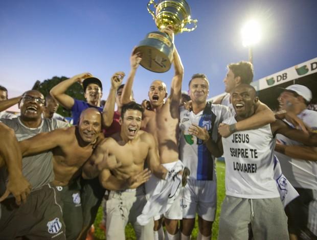 URT conquista título e acesso à elite (Foto: Leandro Brant)