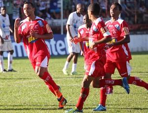 Cadu, do Guarani-MG, comemora gol pela Série D (Foto: Simon Dias/Rádio ES)