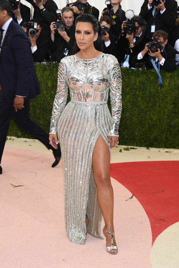Kim Kardashian no MET (Foto: AFP / Getty)