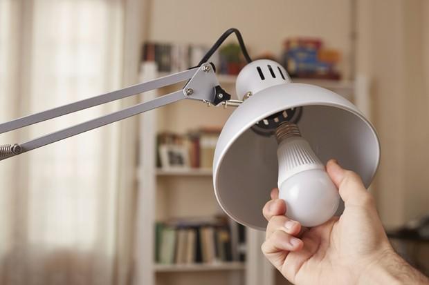Conheça o Li-Fi, tecnologia 100 vezes mais rápida que o Wi-Fi