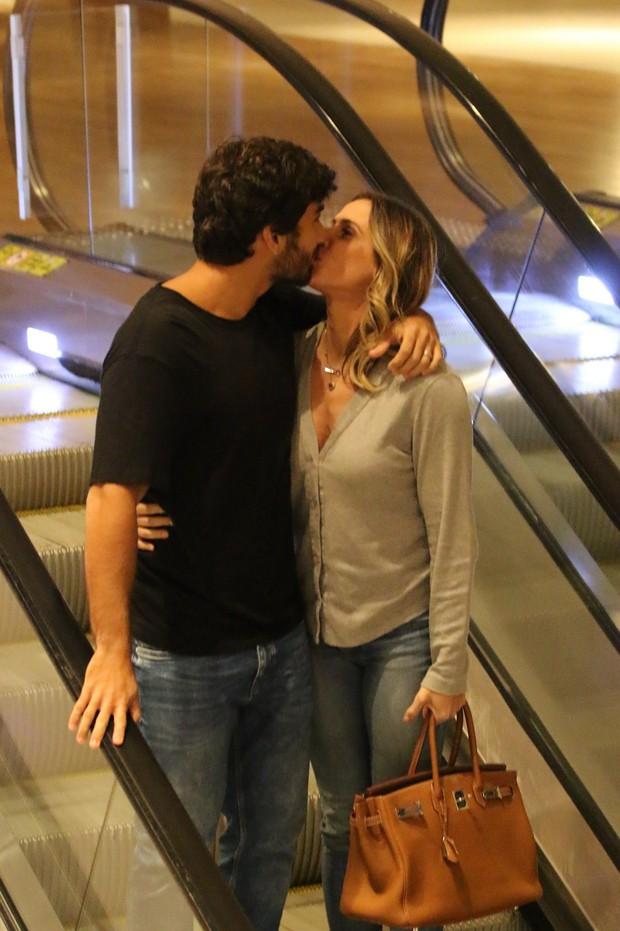 Deborah Secco e Hugo Moura (Foto: AgNews)