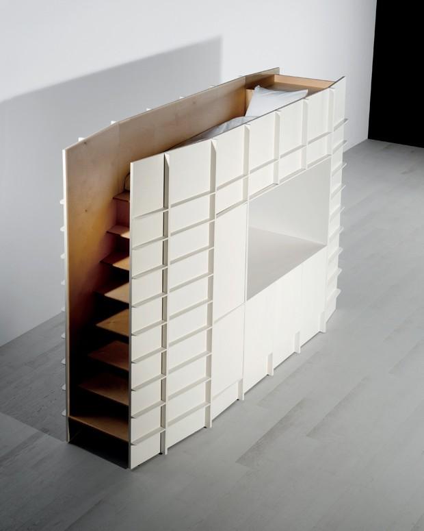 Designer cria móveis que se adaptam a qualquer ambiente  (Foto: Colombe Clier)